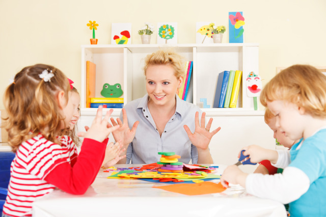 Aba Therapist With Children